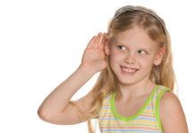 barn med dårlig hørelse