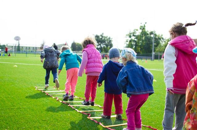Gode idéer til underholdning for børn